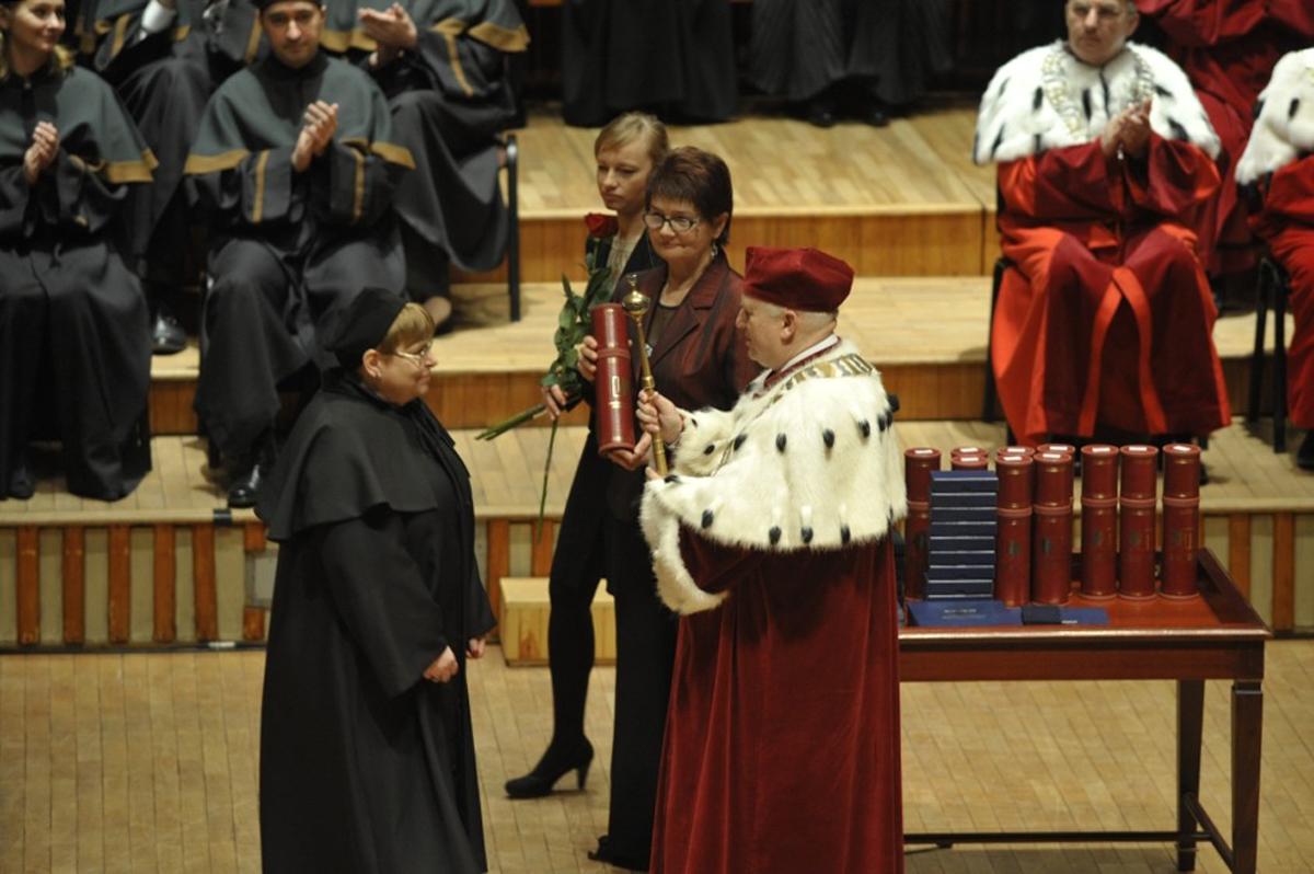 Dzień nauczyciela akademickiego, czyli pokaz mody średniowiecznej